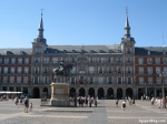 Plaza Mayor: Beautiful public square that has hosted bullfights, executions and trials during the Inquisition. The statue in the middle is of King Philip III.