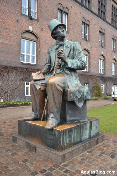 Statue of Hans Christian Andersen in the Rådhuspladsen (Town Hall Square). Author of The Little Mermaid, The Ugly Duckling, Thumbelina, and my favorite, The Princess and the Pea.