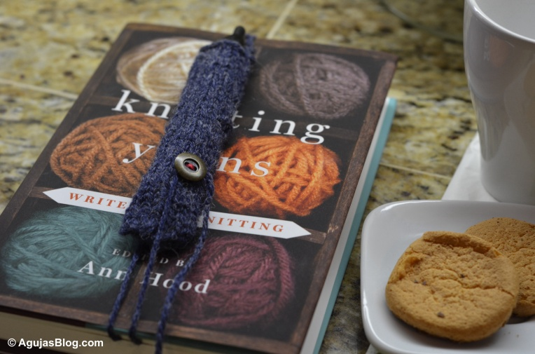 Knit Pen Holder / Book Marker