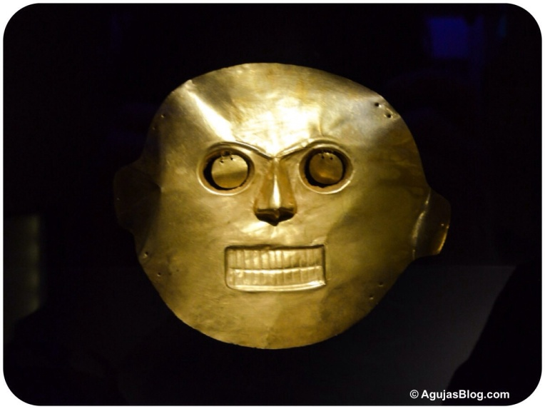 Museo de Oro - Gold Funeral Mask