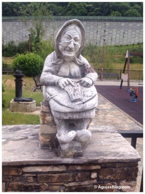 Statue @ Vega De Valcarce