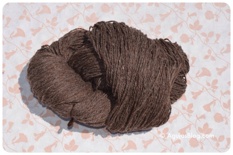 Natural undyed wool 2
