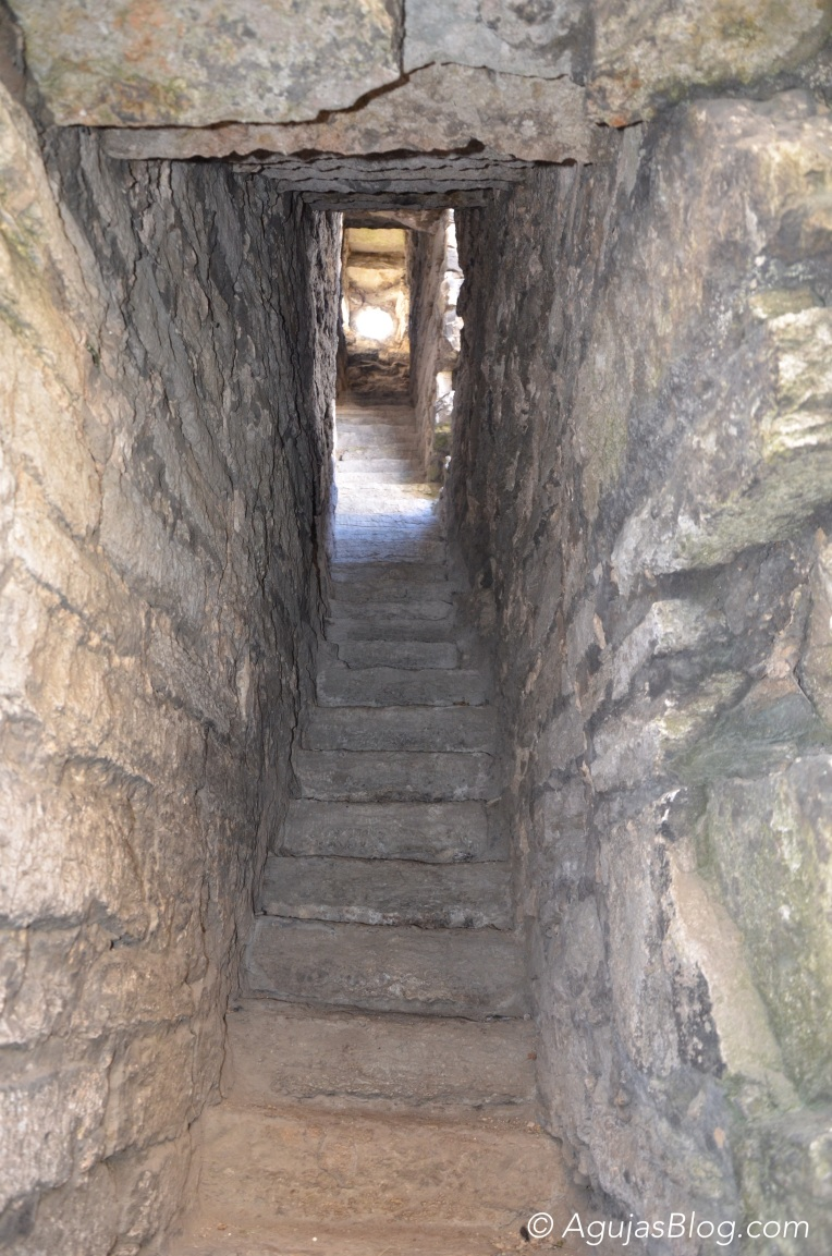 S:t Clemens Kyrkoruin Stone Stairway