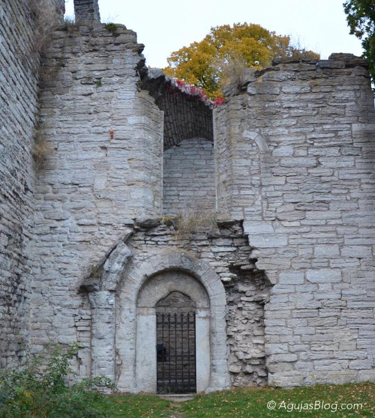 Drotten Church Ruins 1