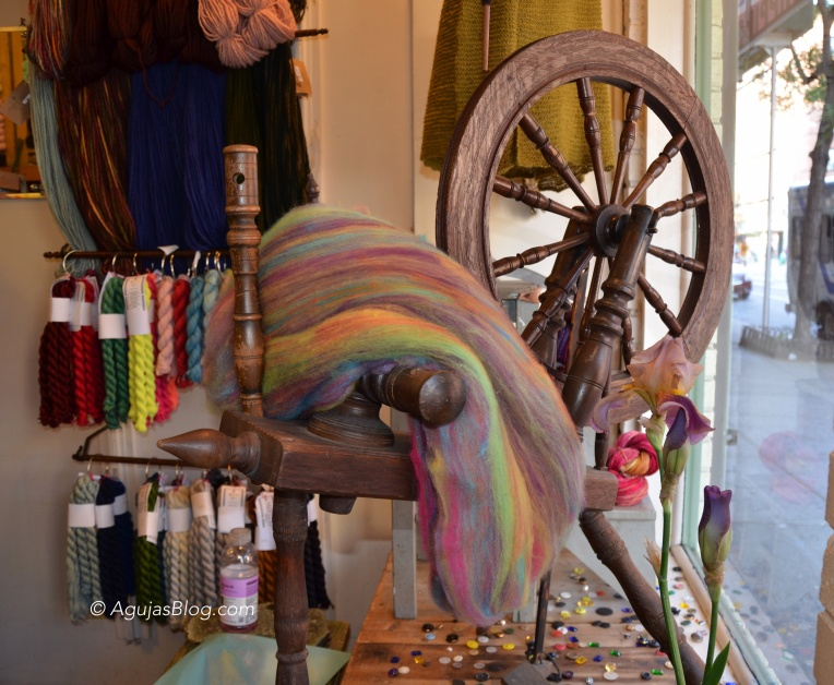 Downtown Yarns - Spinning Wheel